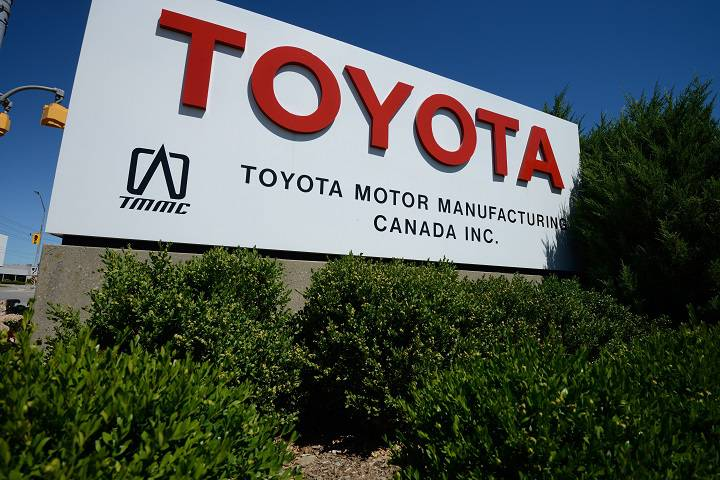 In line with local energy policies, Toyota Canada has installed a 9.2 MW plant